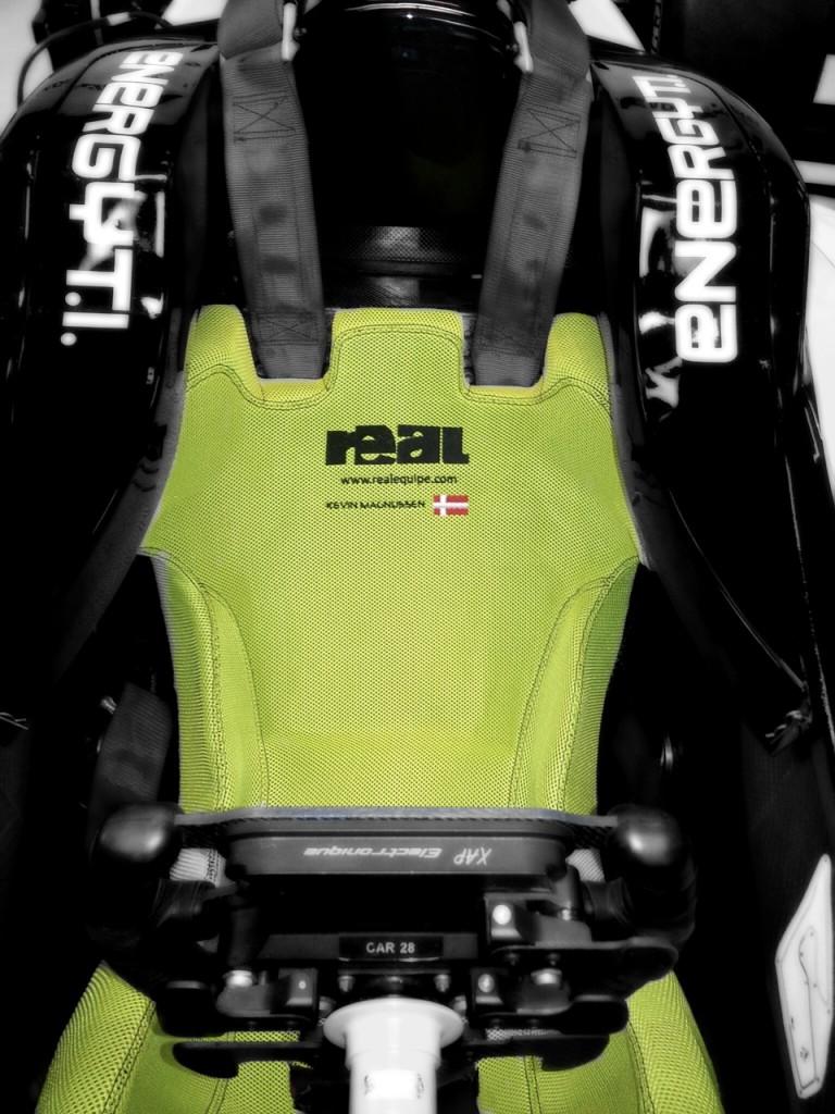 Kevin Magnussen - DAMS - Dallara - Formula Renault 3.5 Series - REAL race seat insert